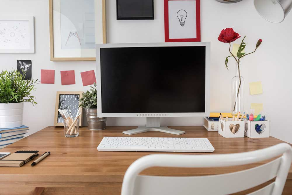 monitor-on-desk